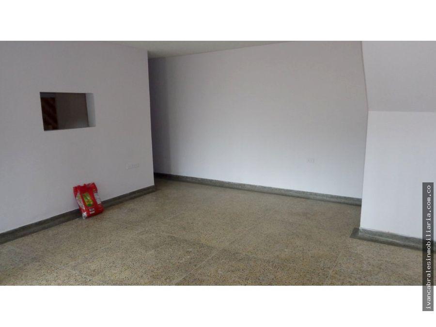 apartamento 1o piso sector xx de julio