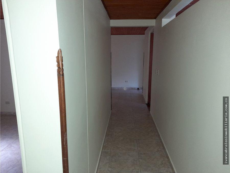apartamento en arriendo 2o piso edmiradores de la colina