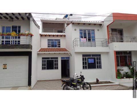 casa en venta urb villas de anton
