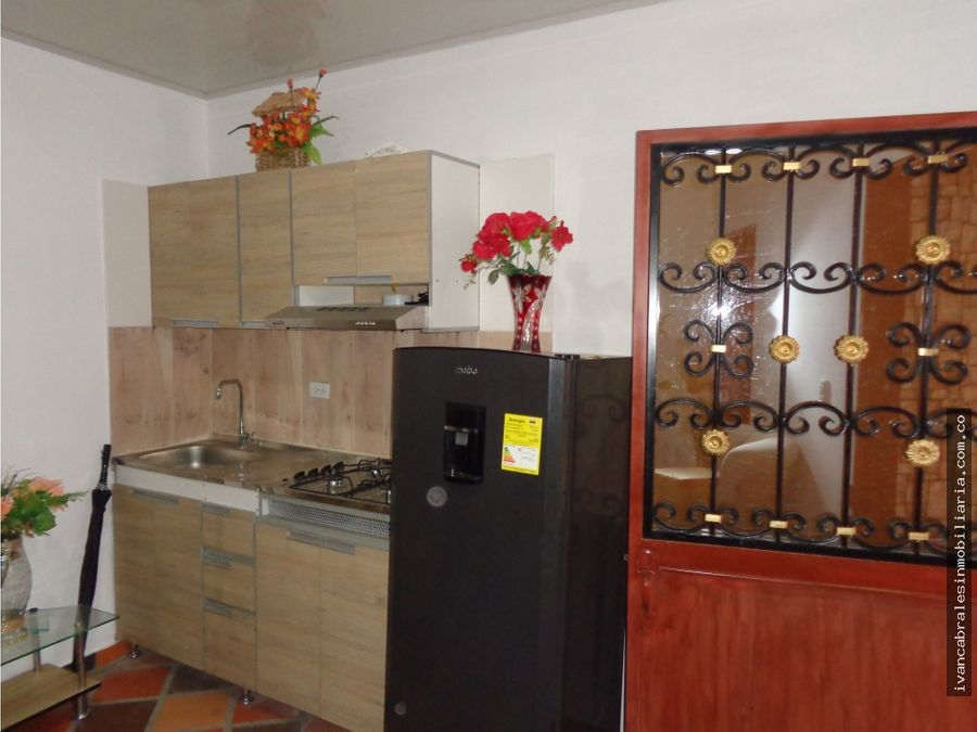 casa en venta plazoleta villa nueva