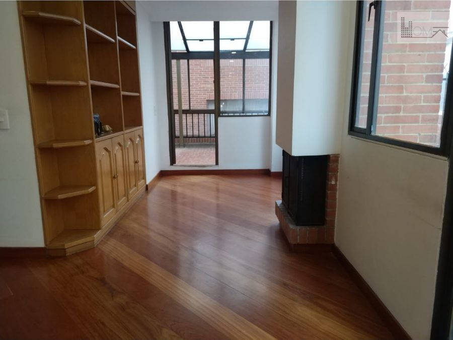 vendo apartamento con terraza para remodelar en chico
