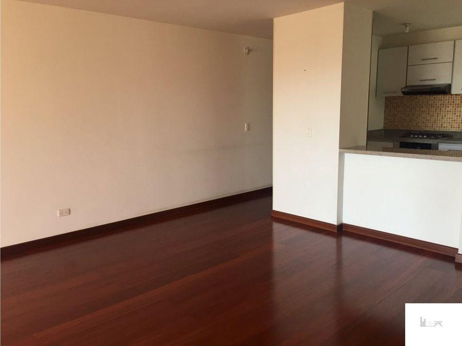 apartamento en venta en colina