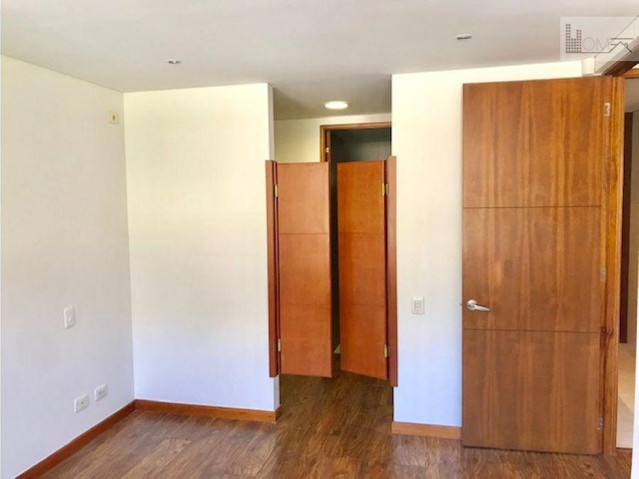 vendo apartamento en sierras del este