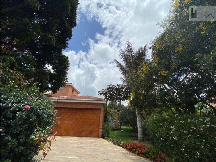 linda casa en venta en san simon