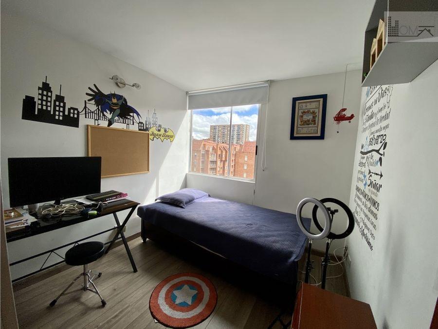 apartamento duplex con terraza en gratamira