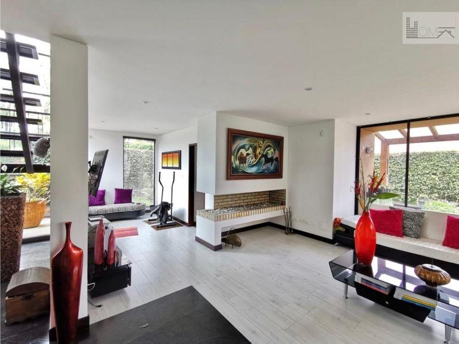 vendo espectacular casa en cajica con club house