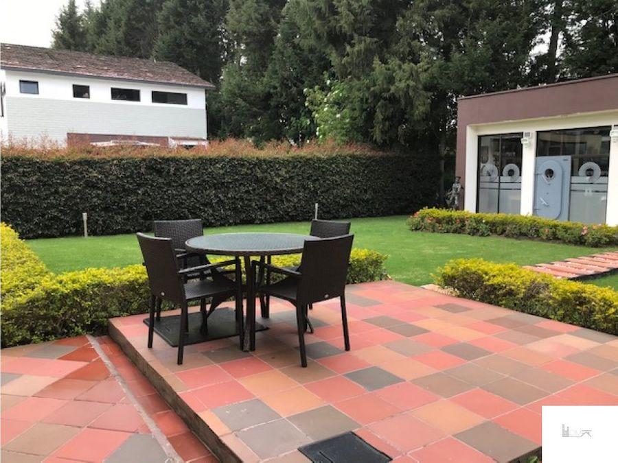 vendo hermosa casa en guaymaral