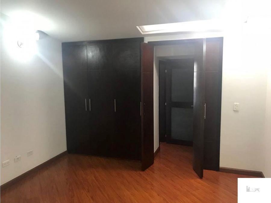 vendo casa residencial o para empresa en alhambra