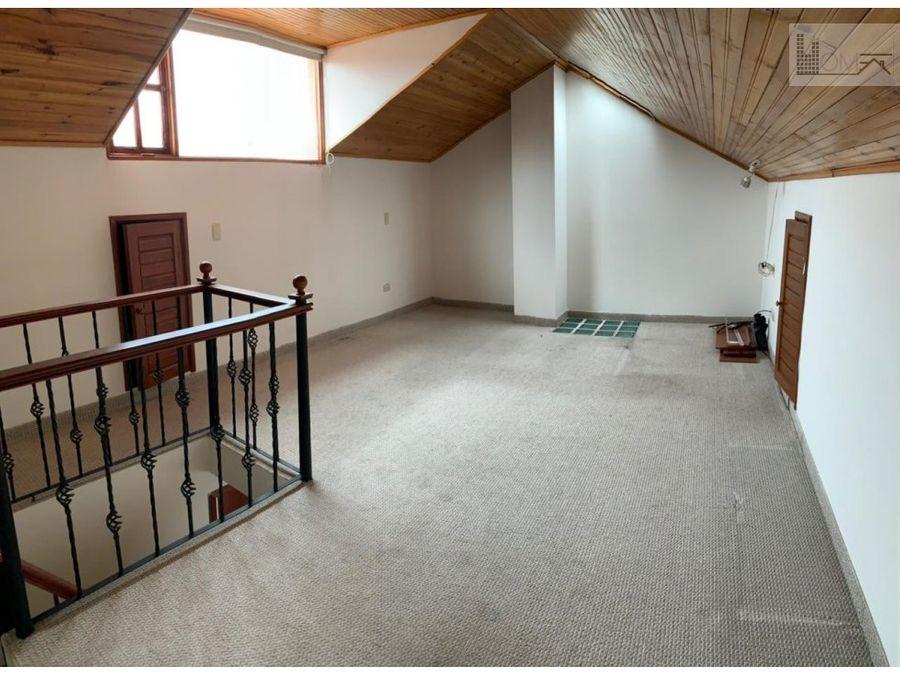vendo casa en condominio santa maria del rio chia