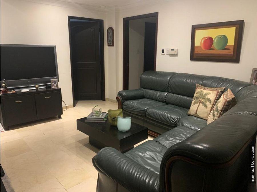espectacular apartamento ubicado en villa country