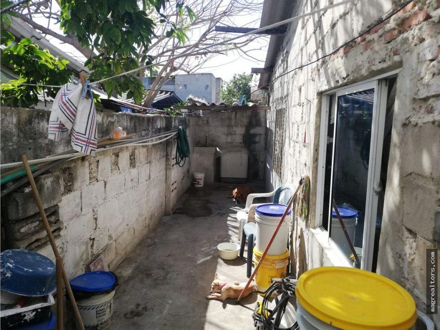 casa amplia en barrio las palmas
