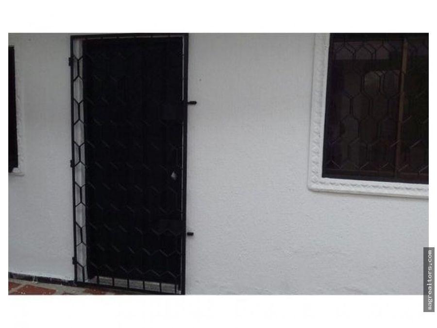 casa amplia con apartaestudio independiente en chiquinquira