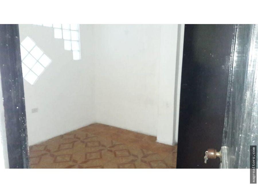 venta de casa primer piso en las palmas