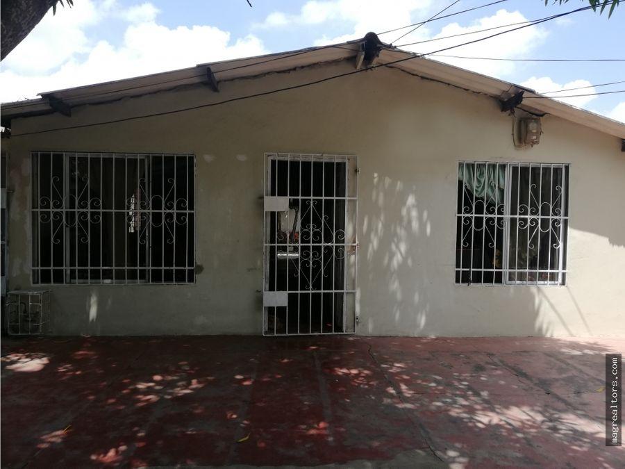 casa con excelente ubicacion barrio las palmas