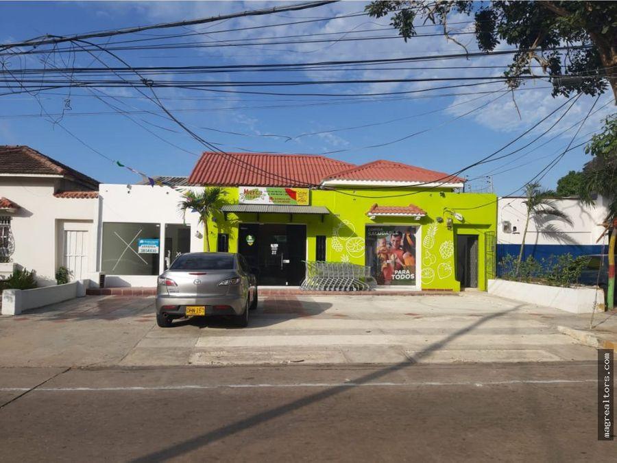 casa con 3 locales comerciales