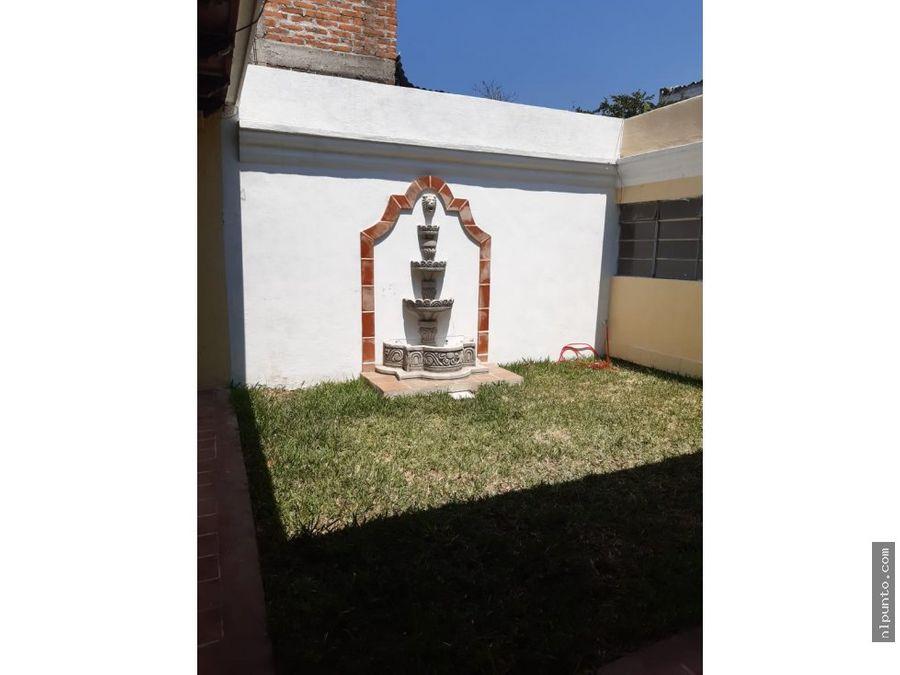 casa centrica a la venta en antigua guatemala
