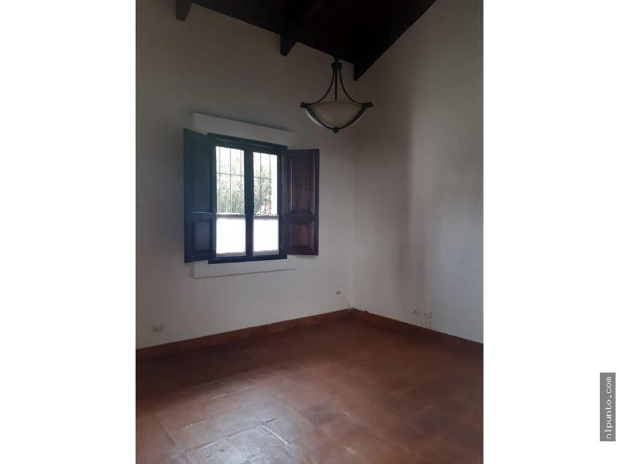 casa en renta dentro de condominio en antigua