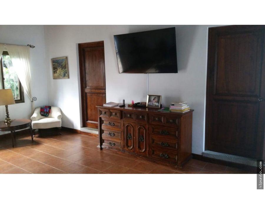 casa en venta en condominio al sur de antigua