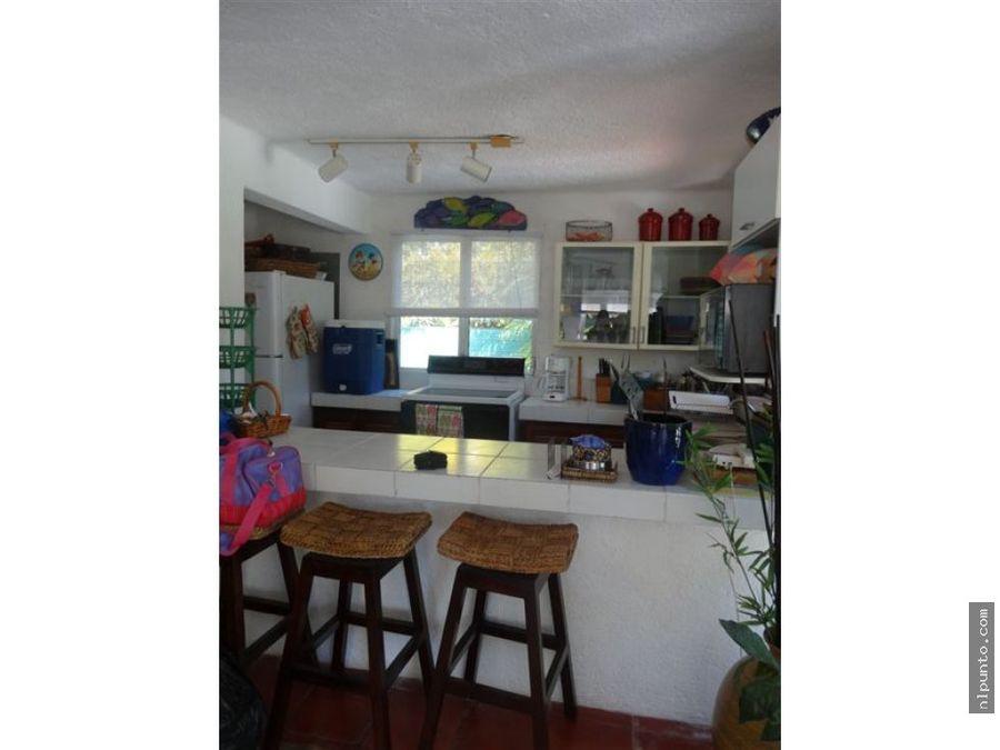 casa en venta en la playa dentro de condominio
