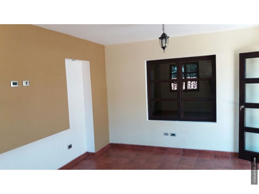 casa a la venta en condominio en jocotenango