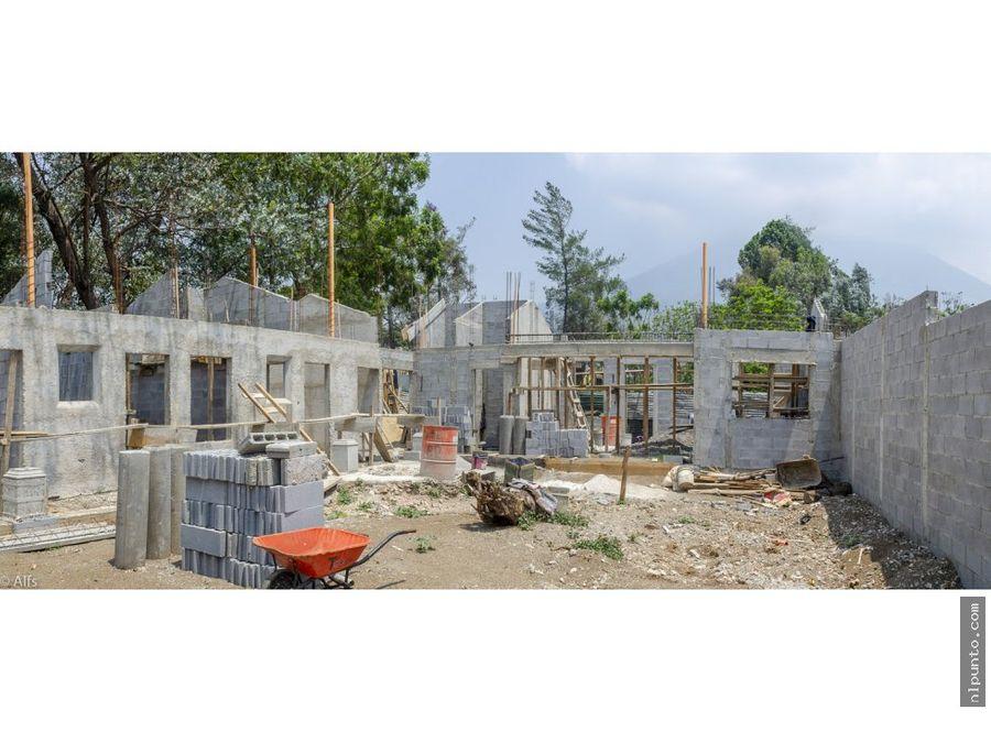 casa en construccion dentro de condominio
