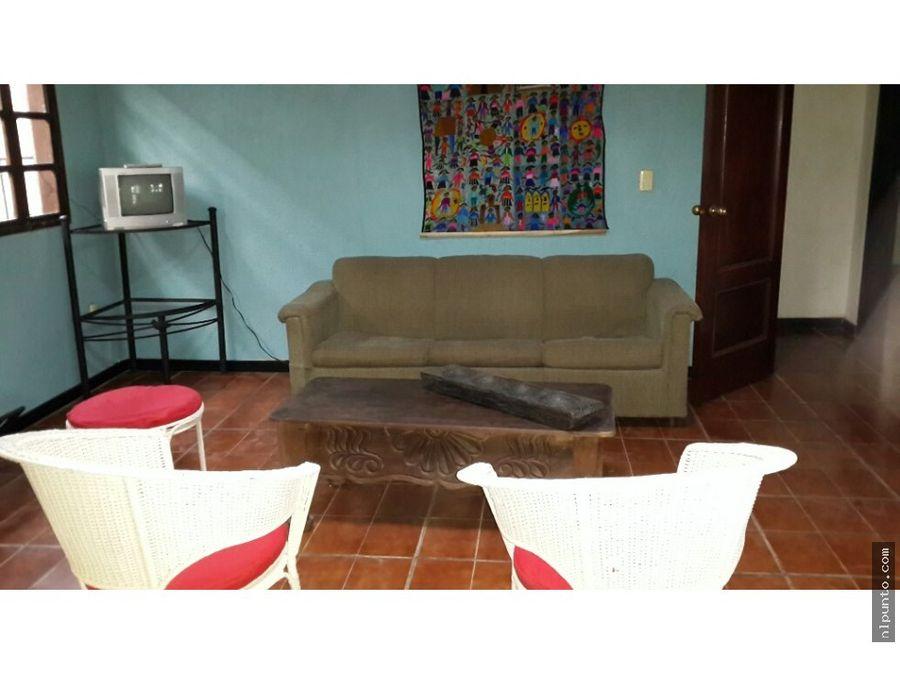venta de casa en santa catarina de bobadilla
