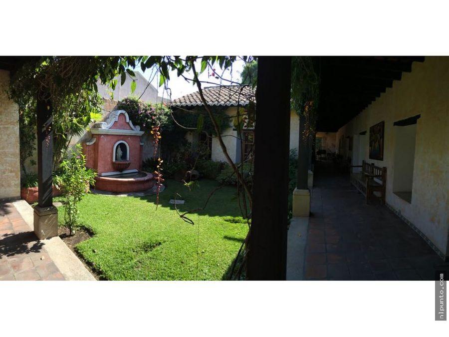casa en el centro de antigua en renta