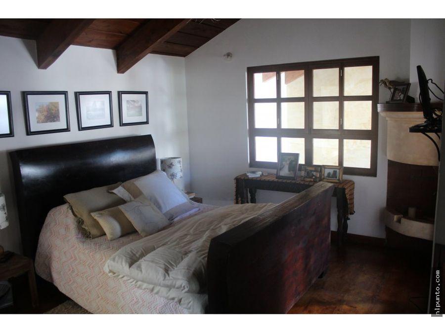 preciosa casa a la venta en antigua guatemala