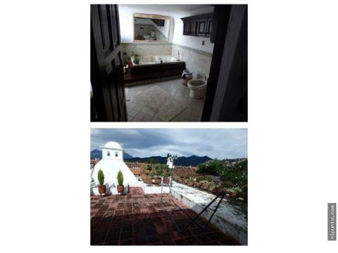 casa en venta en el centro de antigua guatemala