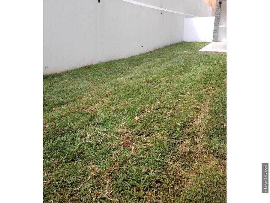 apartamento zona 10 oakland con jardin ventarenta