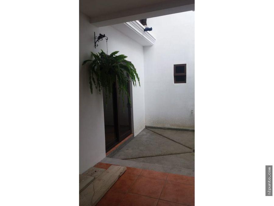 casa a la venta en condominio en san bartolo