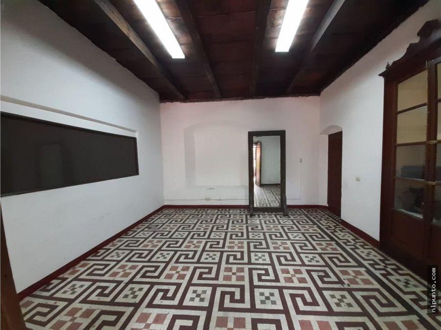 centrico local en renta en antigua guatemala