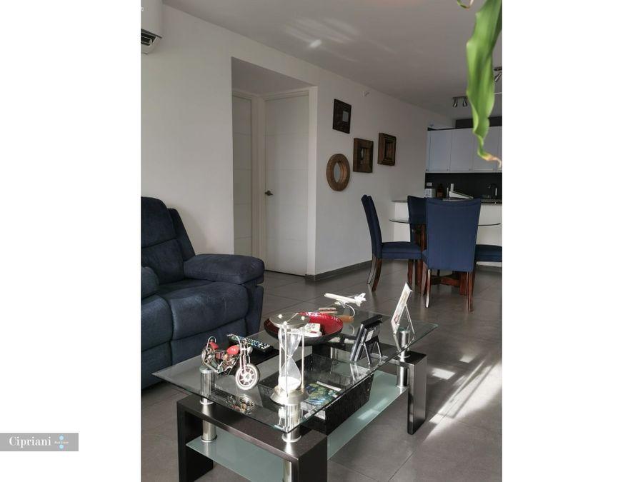 alquilo apartamento en san francisco tdp vista al parque omar