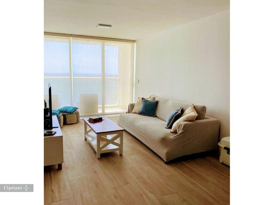 apartamento en venta en la playa amoblado