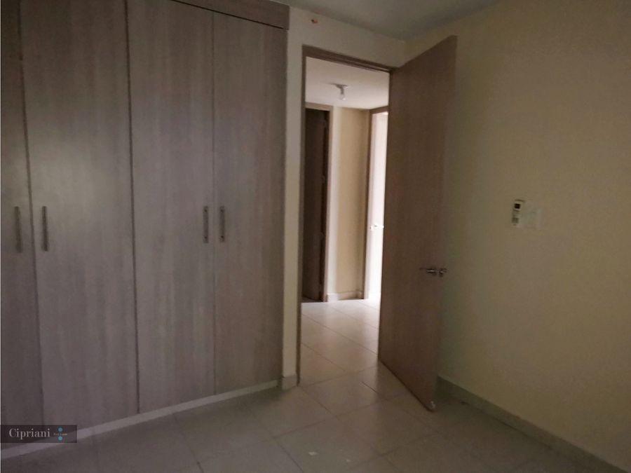 vendo apartamento en torres de versalles