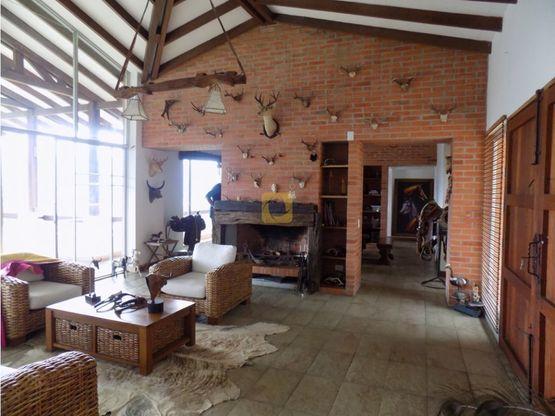 arriendo casa conjunto sector la alhambra