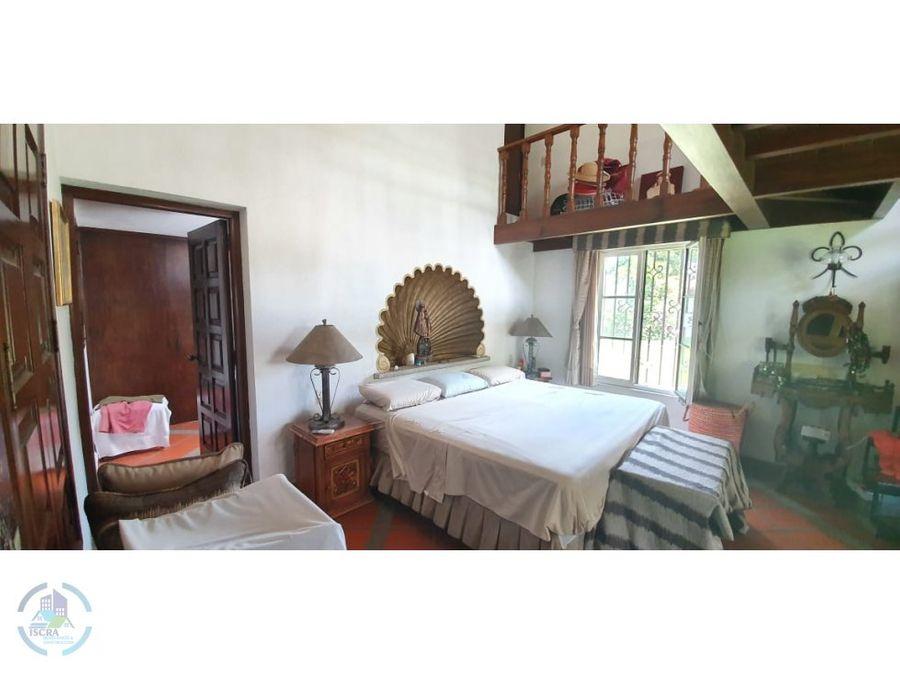 hermosa hacienda en lomas de cocoyoc
