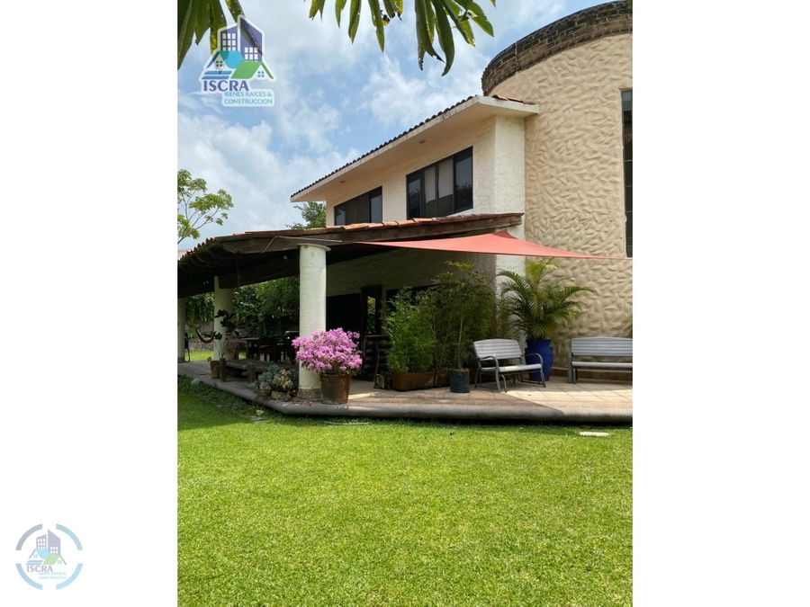 bonita casa en venta en lomas de cocoyoc