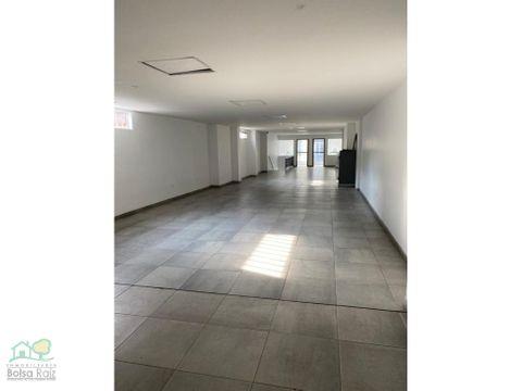 loca u oficina para arrendar en el centro segundo piso