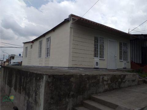 casa para arrendar en armenia bosques de pinares