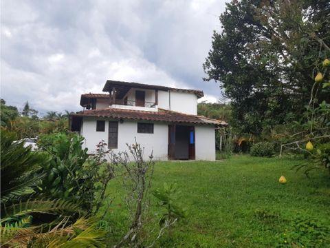 casa campestre para venta en la via armenia conjunto cerrado