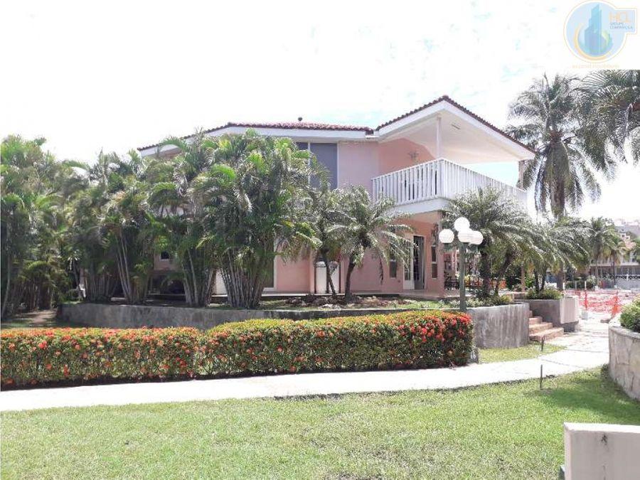 casa de playa coronado country club