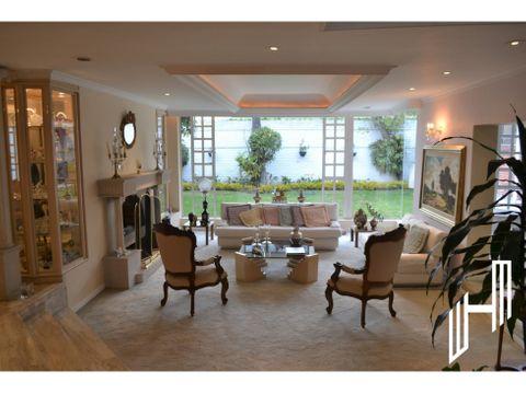 venta de hermosa y espaciosa casa en santa ana