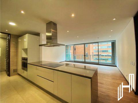 venta de moderno apartamento con balcon en cabrera