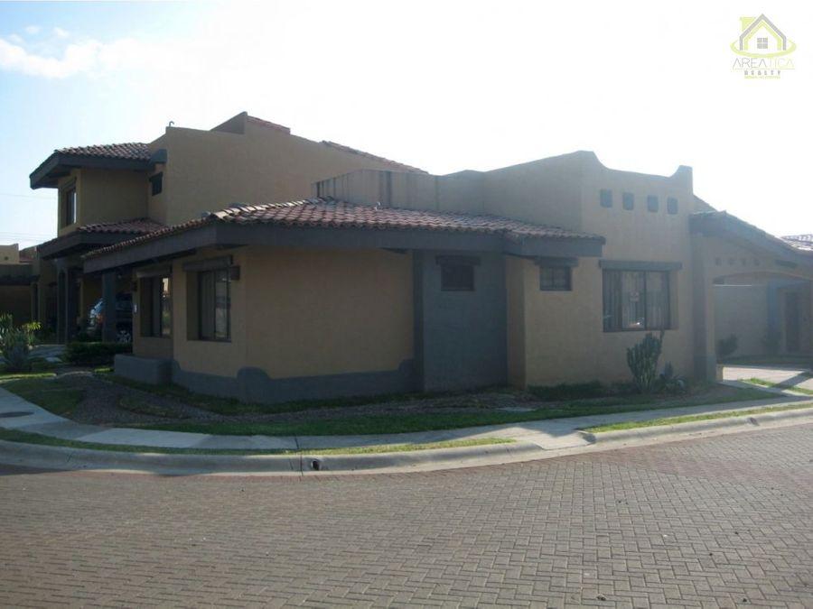 venta casa condominio san joaquin 245000