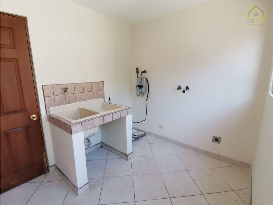 alq casa residencial snto dmingo 1000