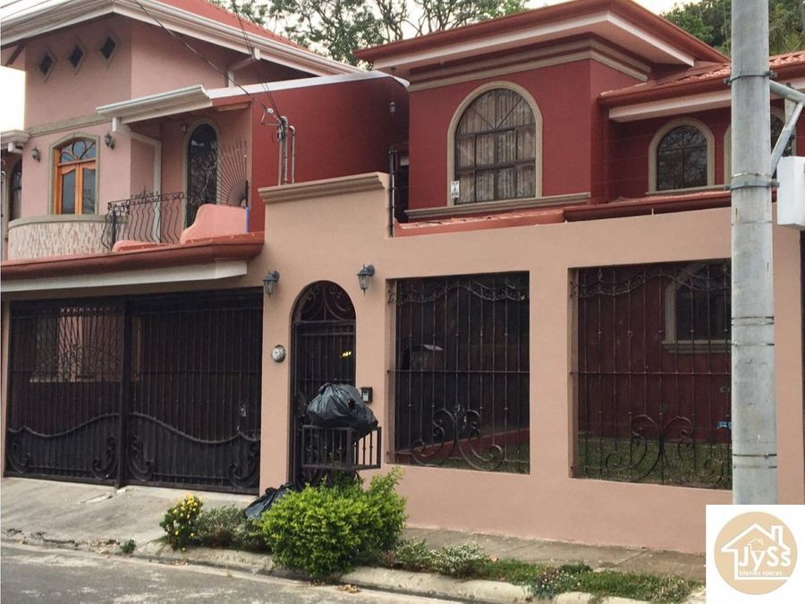 hermosa casa 3 rios cartago