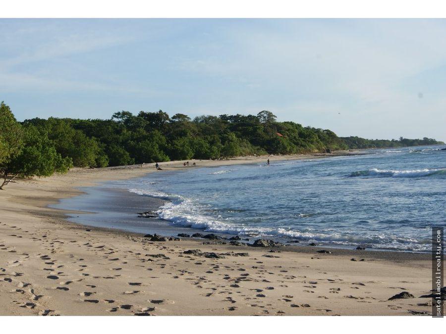 cabinas en playa avellanas guanacaste