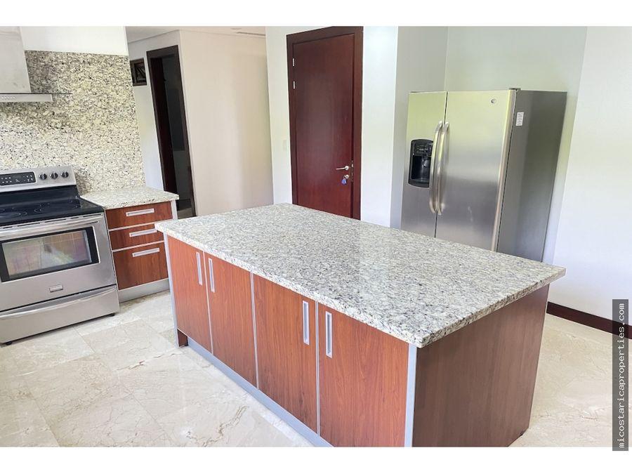 condominio de lujo en monte plata en jaboncillos de escazu