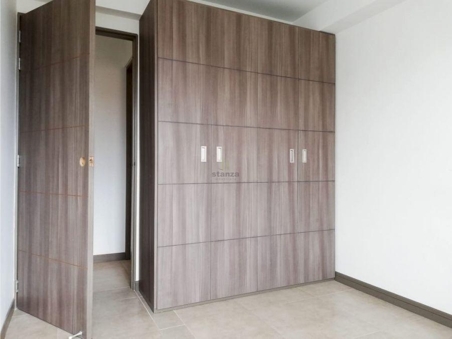 se vende apartamento en pereira av sur